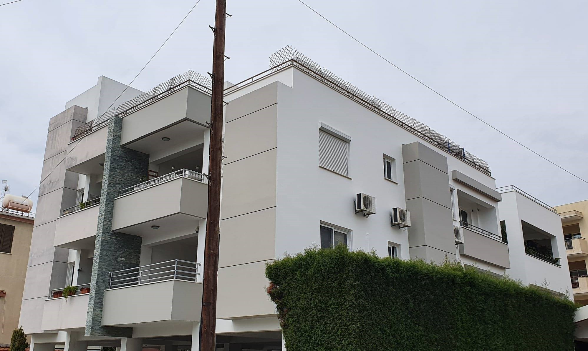 3 Bedroom Top Floor Apt. – Mesa Geitonia