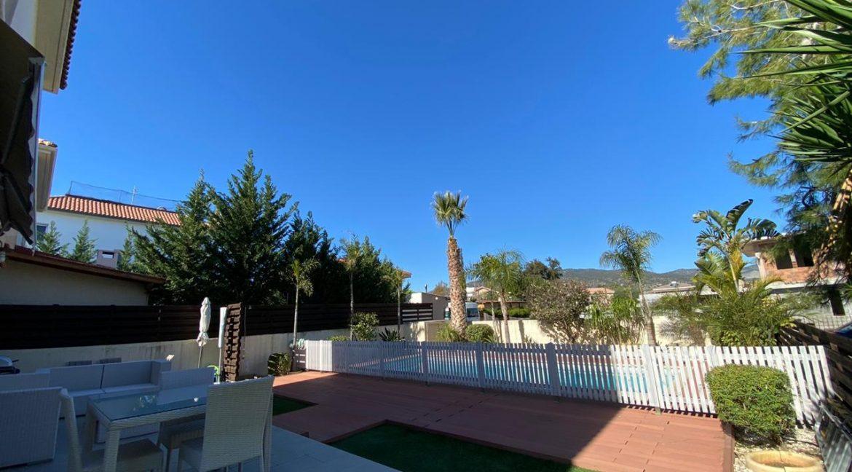 Garden veranda area