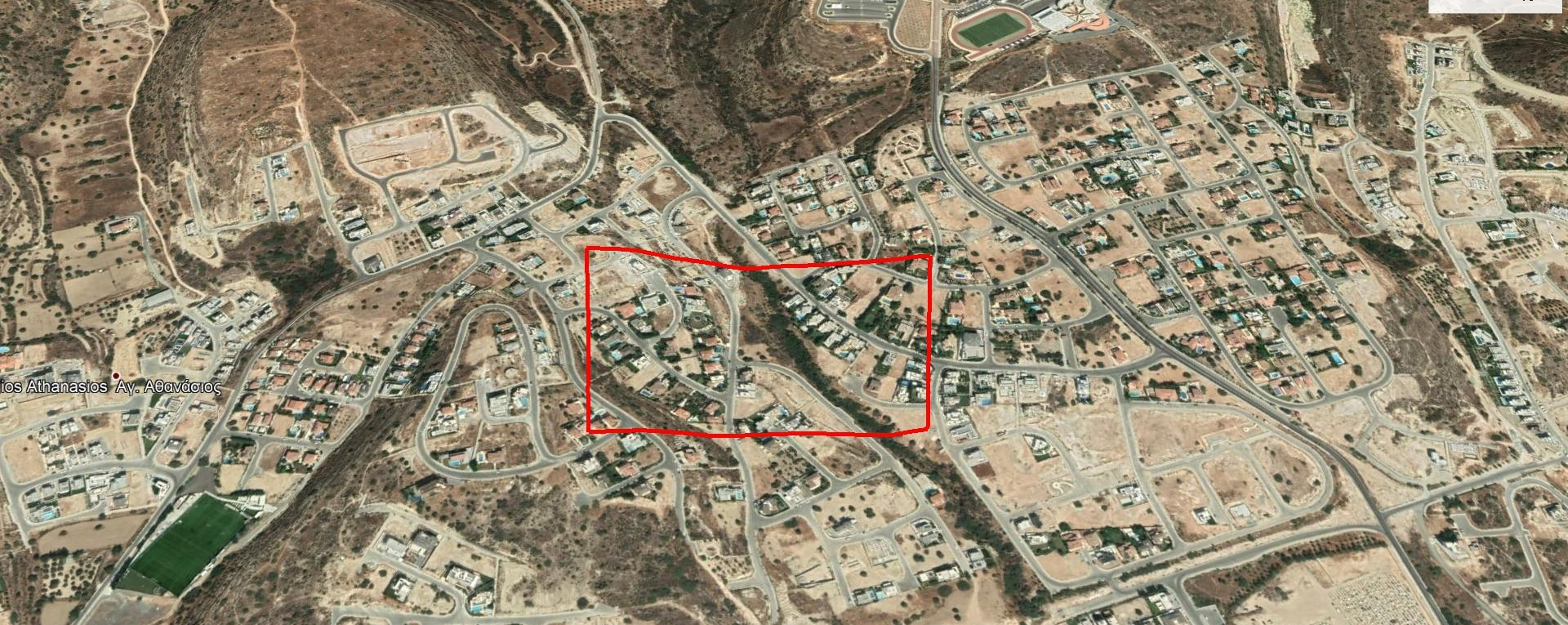 Residential plot with sea view of 2342m² in Agios Athanasios.